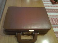 Кожаный портфель-сумка с кодовым замком